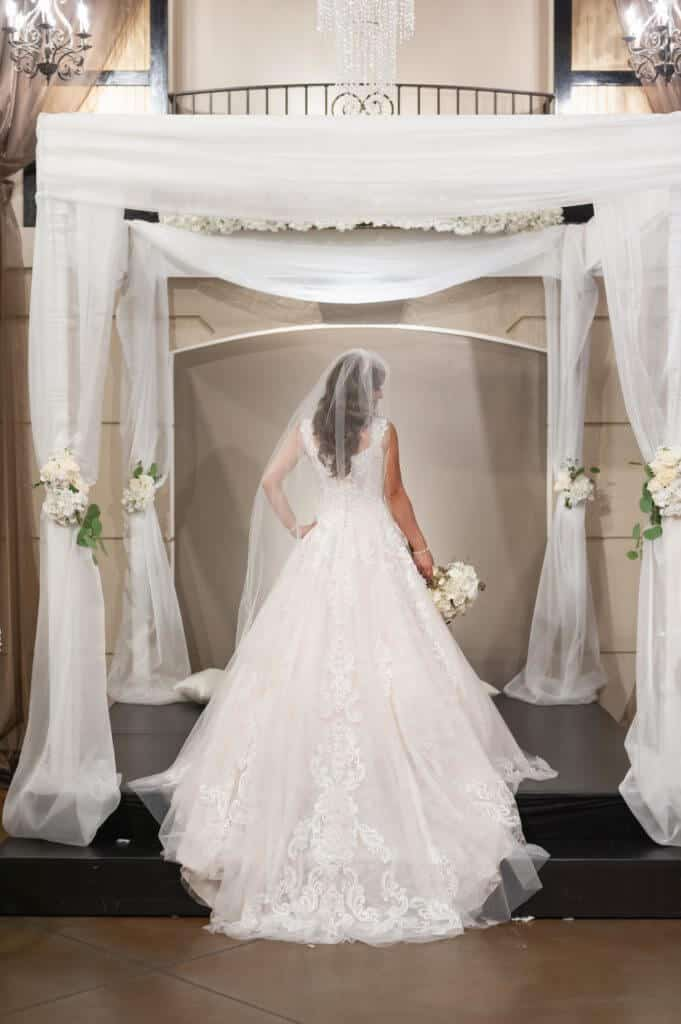 Canopy-wedding-backdrop-9222-681x1024