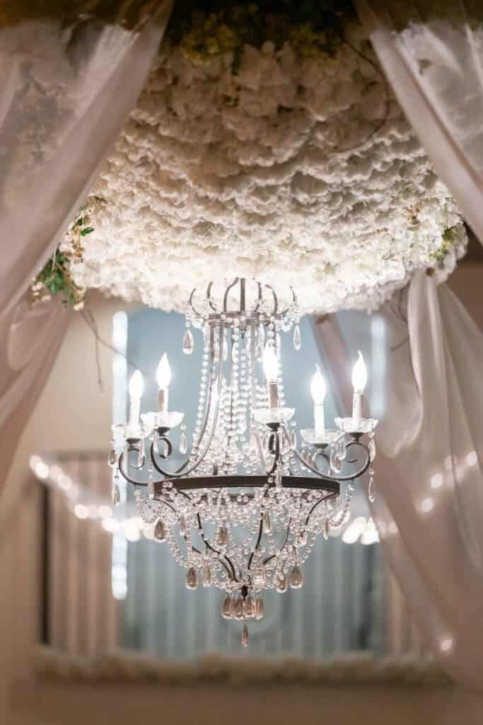 Chandelier-at-The-Bella-Sera-TG02751-683x1024