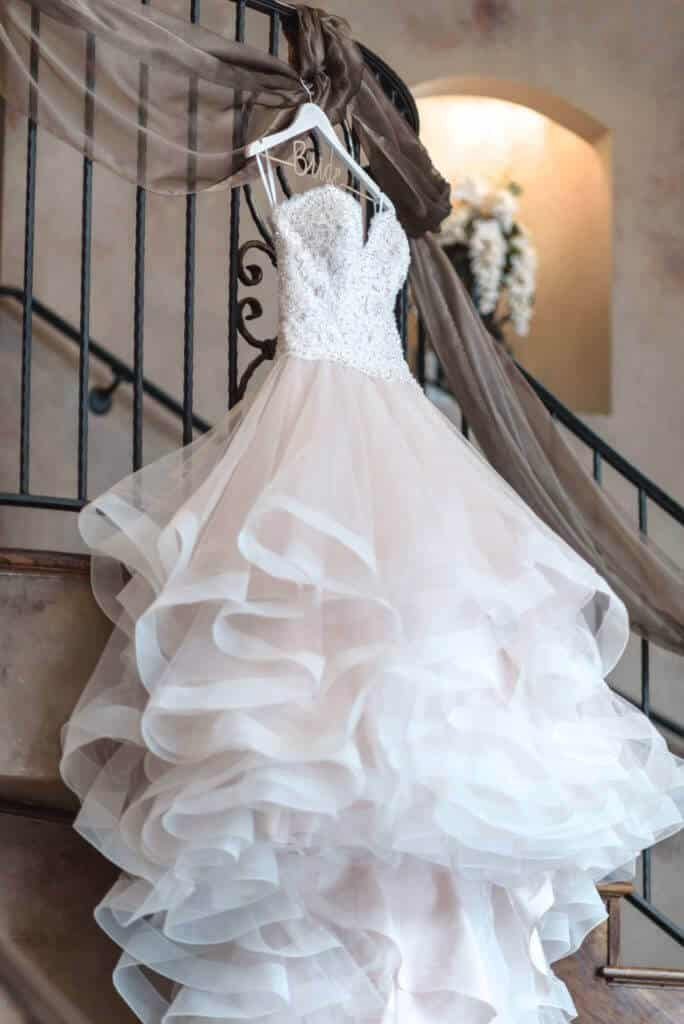 Spectacular-bridal-gown-on-staircase-2949-684x1024