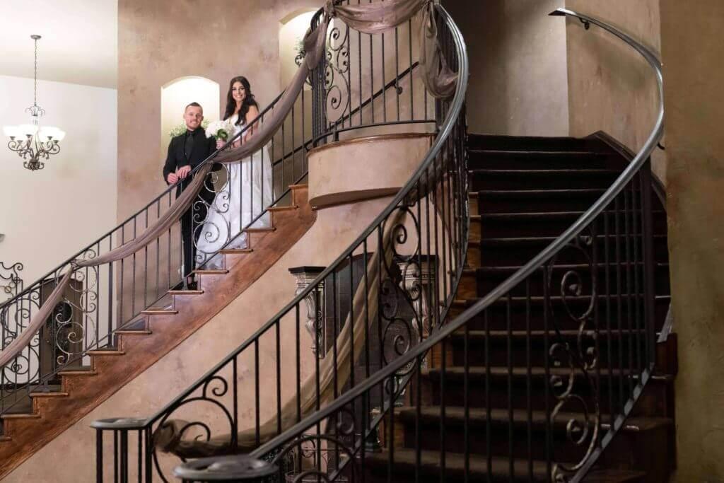 Tuscan-grand-staircase-at-Bella-Sera-3TG06765--1024x683