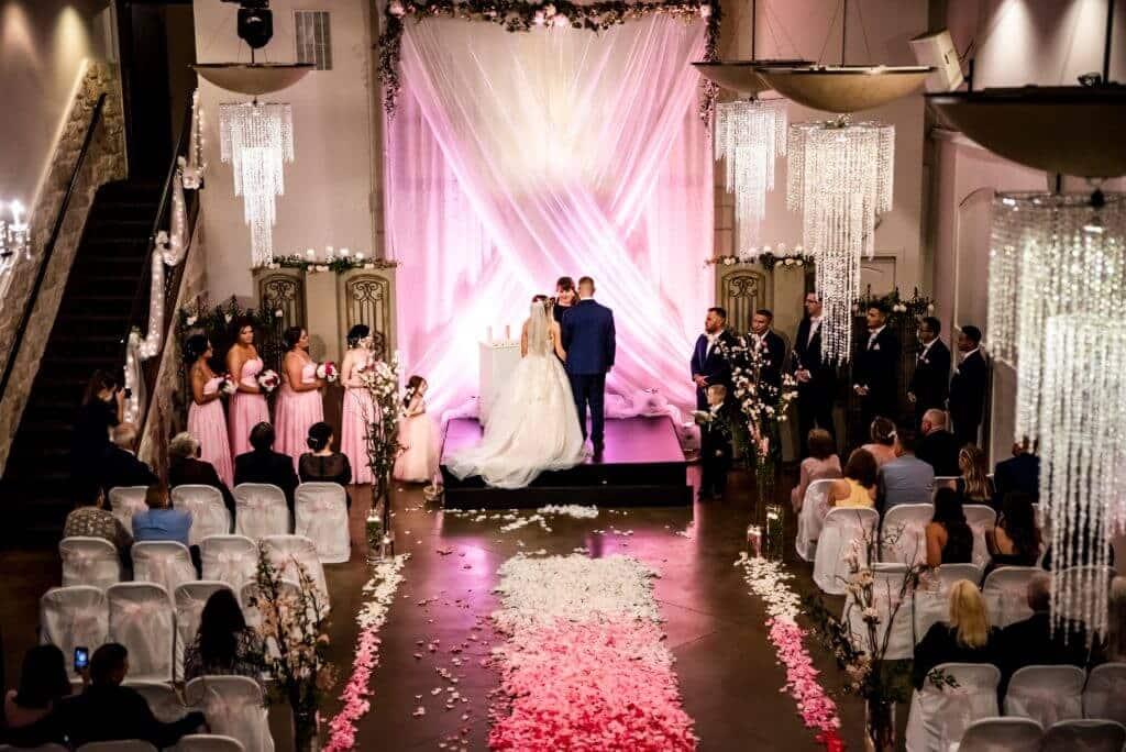 Wedding-Ceremony-Bella-Sera-Hombre-Petal-Aisle-D_Dillon-334--1024x684