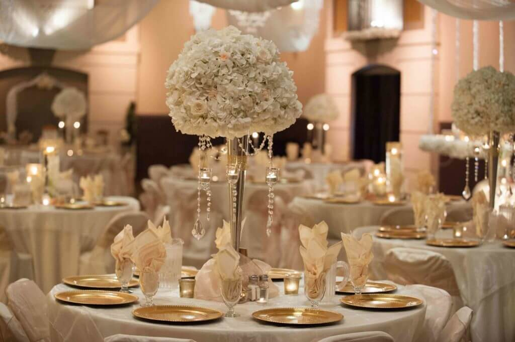 E-Rose-Gold-Bling-Wedding-Reception-mb-1024x681