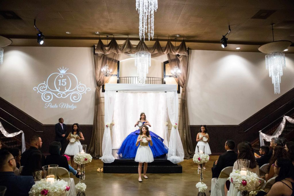 Quinceanera-Dance-in-Ceremony_sml-1024x683