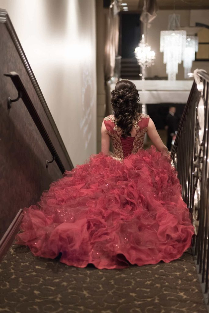 Quinceanera-_-Burgandy-Cermony-Entrance_sml-684x1024