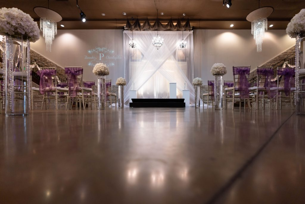 Wedding-ceremony-with-chiavari-chairs-and-purple-sashes-1TG06345--1024x683